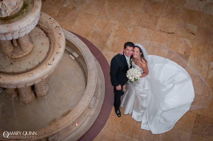 Wedding Pictures at the Merion