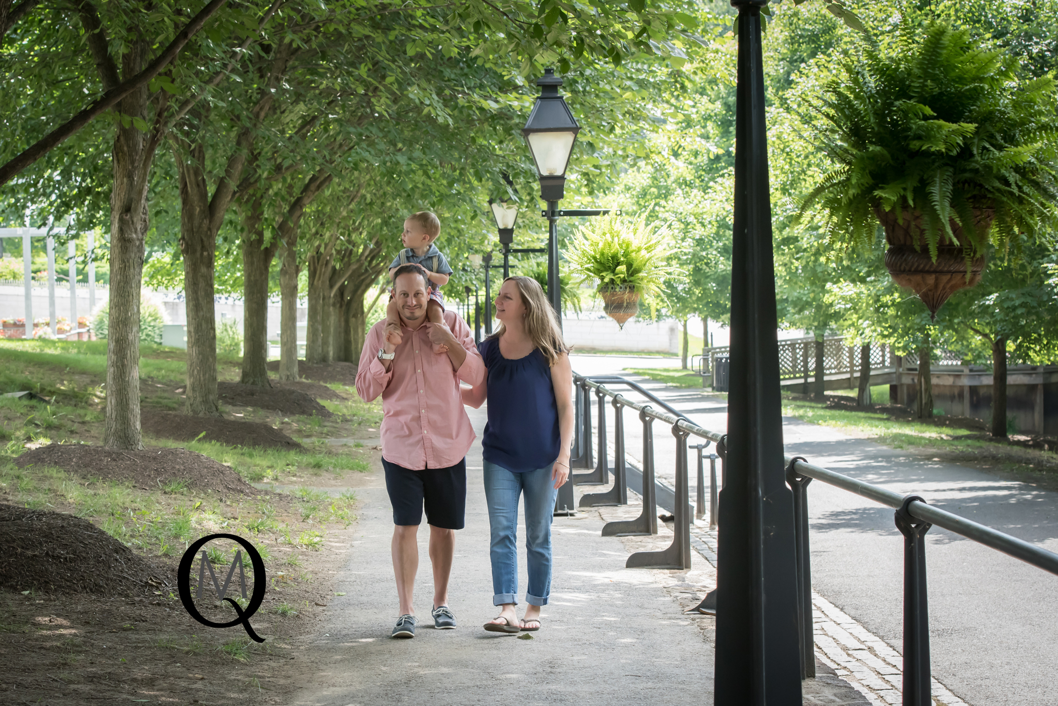 Family Photographer at Smithville Mansion in New Jersey