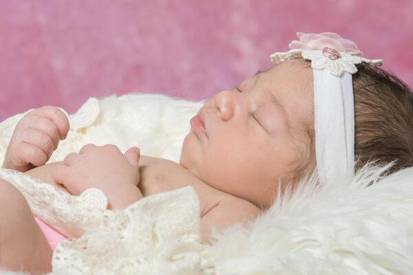 Newborn Baby Photographer in Moorestown New Jersey